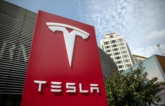 Завод Tesla в Китае начнёт выпускать автомобили в сентябре этого года