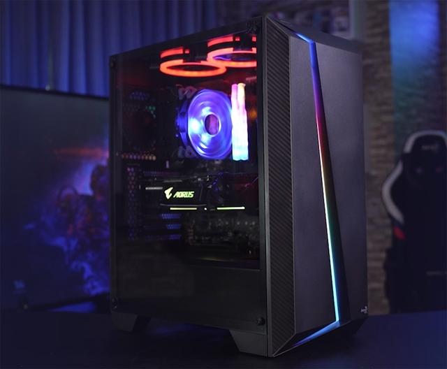 Закалённое стекло и RGB-подсветка: дебют корпуса AeroCool Cylon Pro Tempered Glass
